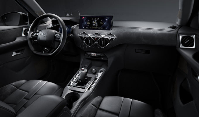 DS 3 CROSSBACK, technology, safety and comfort